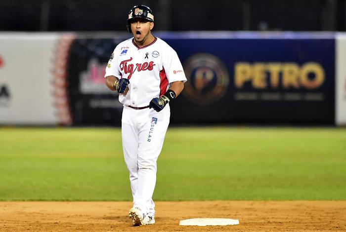 """Henry Rodríguez: """"Mi deuda es ganar un título con los Tigres"""""""