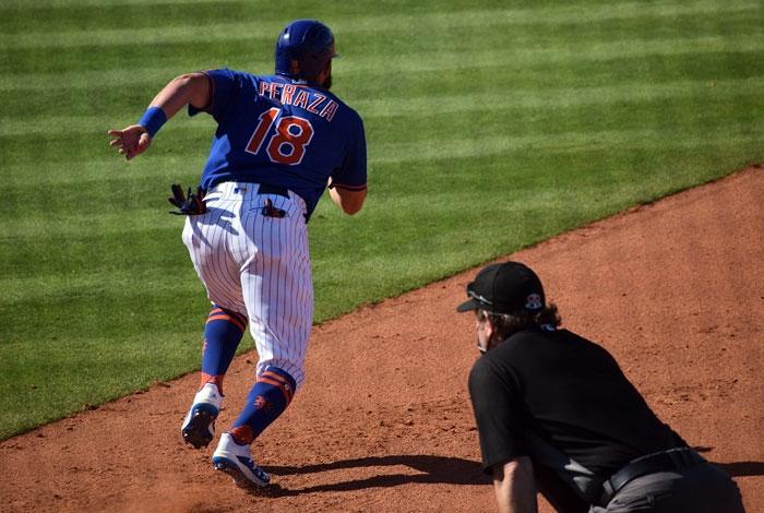 José Peraza fue enviado de vuelta a la sede alterna de los Mets