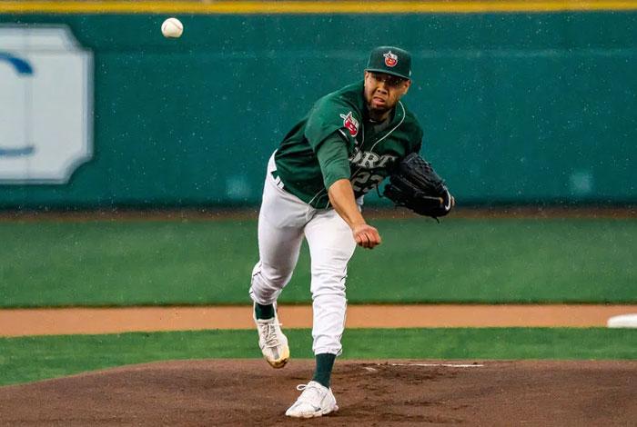 Anderson Espinoza impresionó en su regreso oficial al montículo