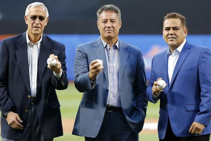 Edgardo Alfonzo entronizado en el Salón de la Fama de los Mets
